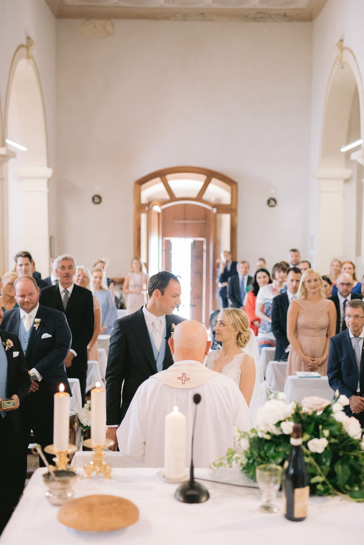 cerimonia chiesa matrimonio sposi
